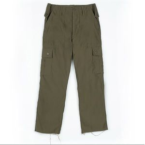 Olive cargo pocket military inspired UO pant